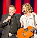 BILL INTRODUCES NEWCOMER CASEY JAMES AT THE GRAND OLE OPRY